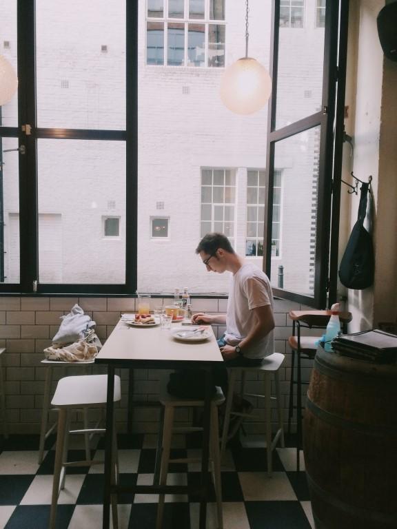 restaurant cafe arbeitsplatze